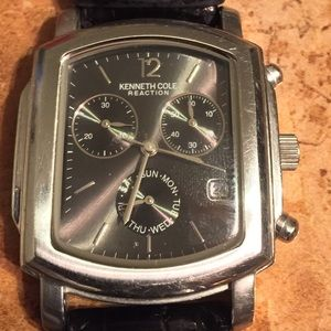 ♥️♥️Kenneth Cole Men's Gunmetal Leather Band Watch